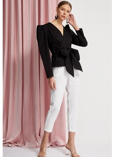 DeFacto Bağlama Detaylı Uzun Kollu Bluz Siyah